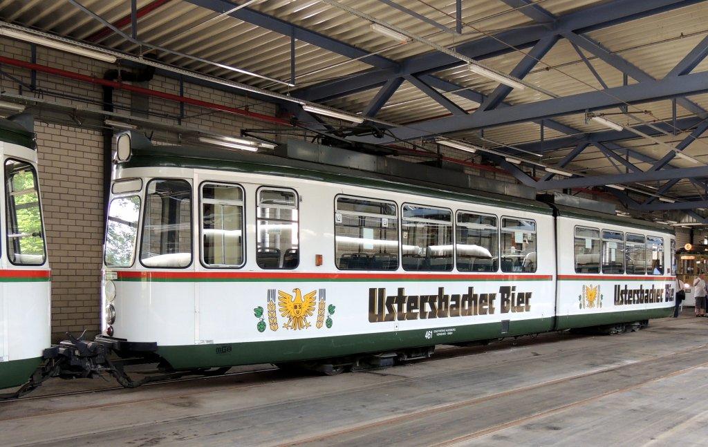 Gt 4 stuttgarter nr 461 wird als museumsfahrzeug von for Depot esslingen